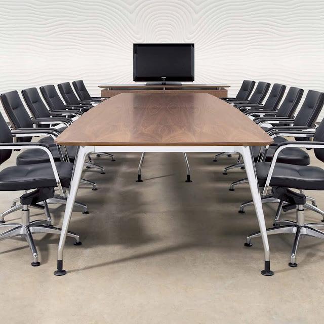 Mẫu bàn họp văn phòng chân sắt hiện đại