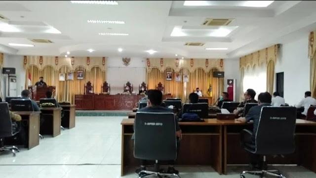 DPRD Sekadau Gelar Paripurna Dengan Agenda Mendengar PA Fraksi-Fraksi Terkait Raperda Tentang Pertanggungjawaban APBD Tahun Anggaran 2021