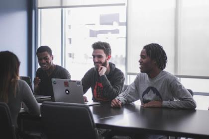 Absensi Online, Solusi Atasi Kecurangan Waktu Kerja