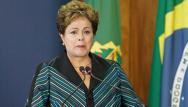 Dilma sai impune... MichellHilton.com