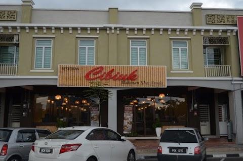 Makan makan di Rumah Makan Cibiuk Melaka!