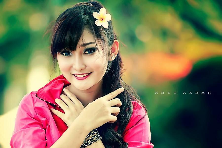 Abg Montok Foto Wiwid Gunawan Majalah Popular: Foto Seksi Chant Felicia