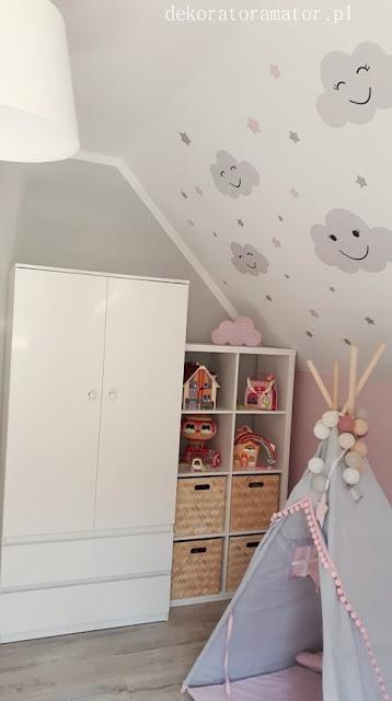 pokój dziecięcy pokój dziecka pokój dziewczynki pokój dziewczęcy pokój chmurki pokój szary róż