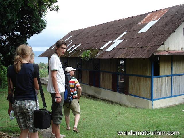 Sekolah guru yang didirikan oleh I.S. Kijne