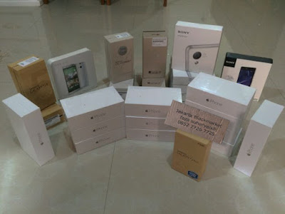 http://jakartablackmarket.blogspot.co.id/p/specifikasi-harga-handphone-samsung_9.html