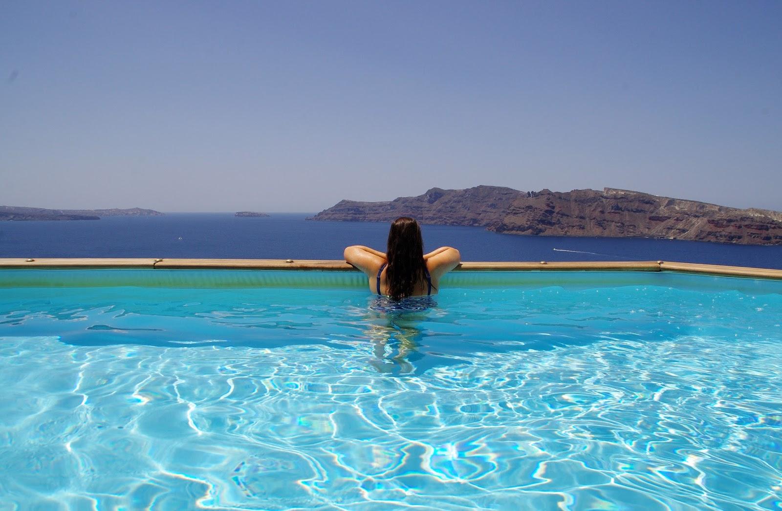 Infinity Pool Nostos Apartments Oia Santorini