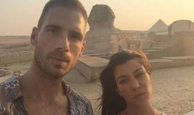 كورتنى كاردشيان فى الاهرامات