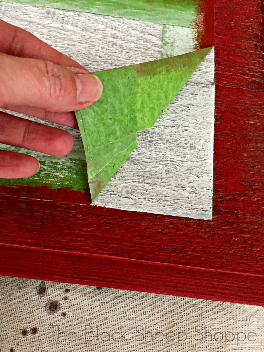 Using a sealant results in a crisp border.