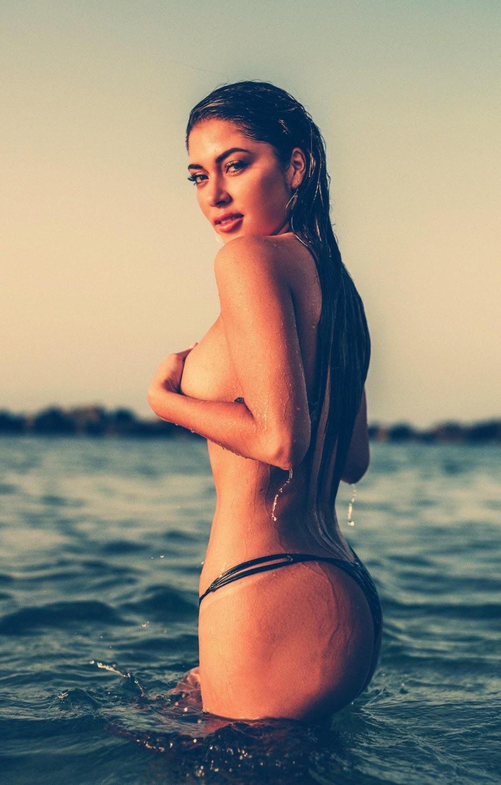 Ariani Celeste Nude Pics