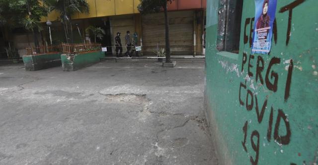 Hasil survei nasional dari Saiful Mujani Research & Consulting (SMRC) menyatakan 81 persen masyarakat Indonesia menilai kondisi ekonomi nasional pada 2020 saat pandemi virus corona lebih buruk bila dibandingkan dengan tahun sebelumnya.