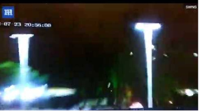 Την απογείωση ενός UFO καταγράφει νυχτοφύλακας από την κάμερα παρακολούθησης, σύμφωνα με ισχυρισμούς