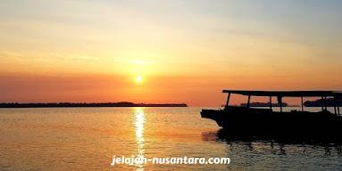 sunset wisata pulau harapan