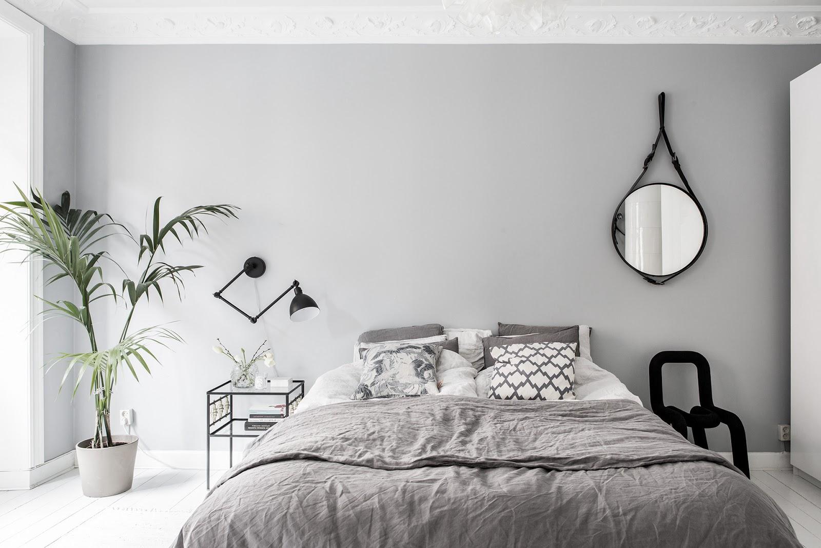 dormitorio, gris, estilo nordico, decoracion nordica, plantas, sabanas, nordico gris, interiorismo, alquimia deco,