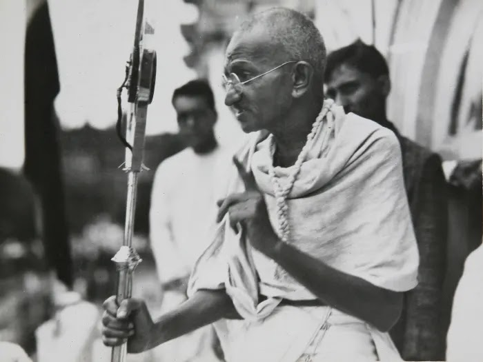 On his 150th birthday: Mahatma Gandhi's ashes were stolen from his monument