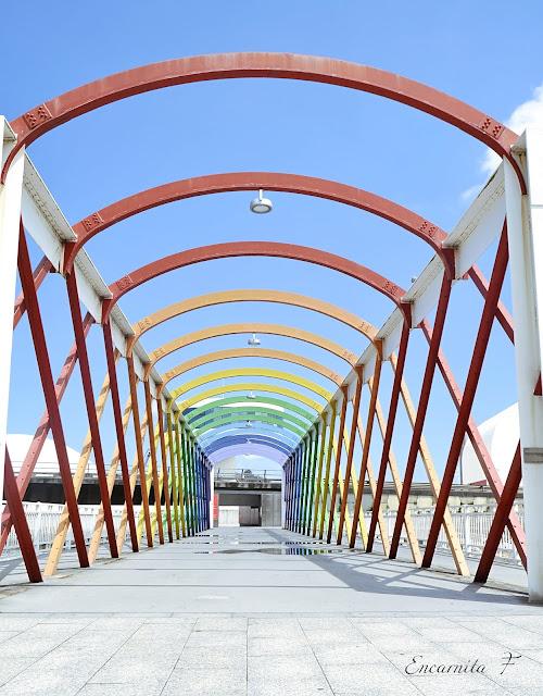 Puente de colores - Encarnita Fernández