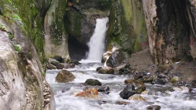 Saitabat Şelalesi Resimleri
