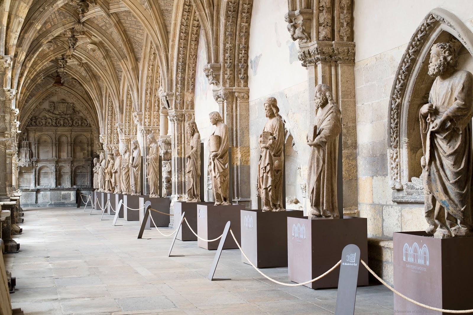 claustro catedral de leon españa spain