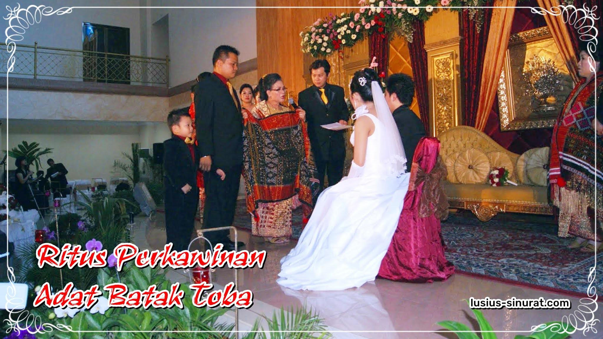 Rangkaian Upacara Perkawinan Adat