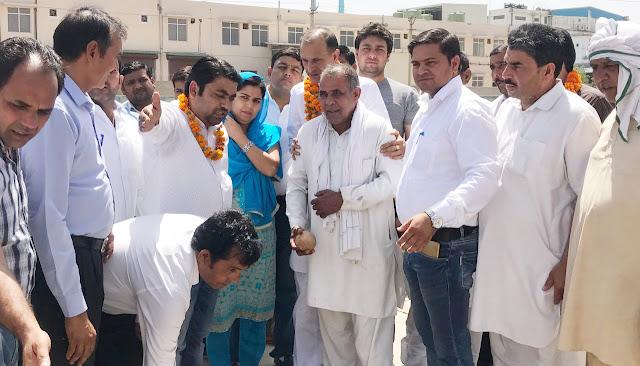 MLA Nagendra Bhadana inaugurated five new tubewell in Ward-1 JhadSatili village