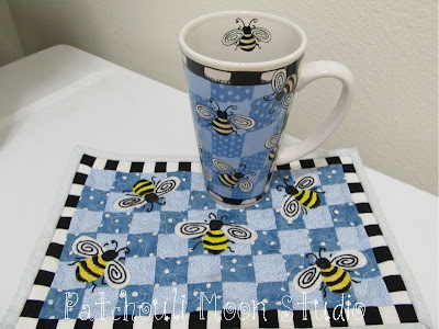 Bumble Bee Mug Rug with matching mug