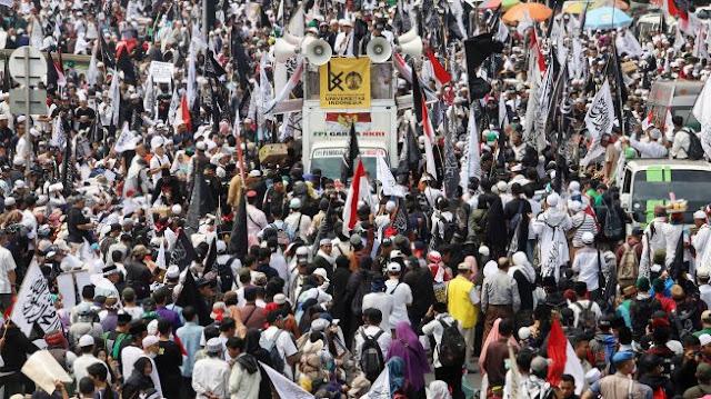Anak-anak Ikut Demo Mujahid 212, KPAI: Tiduran di Aspal hingga Mer0kok