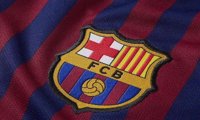 """رسمياً.. برشلونة يضم """"المراهق الهولندي"""""""