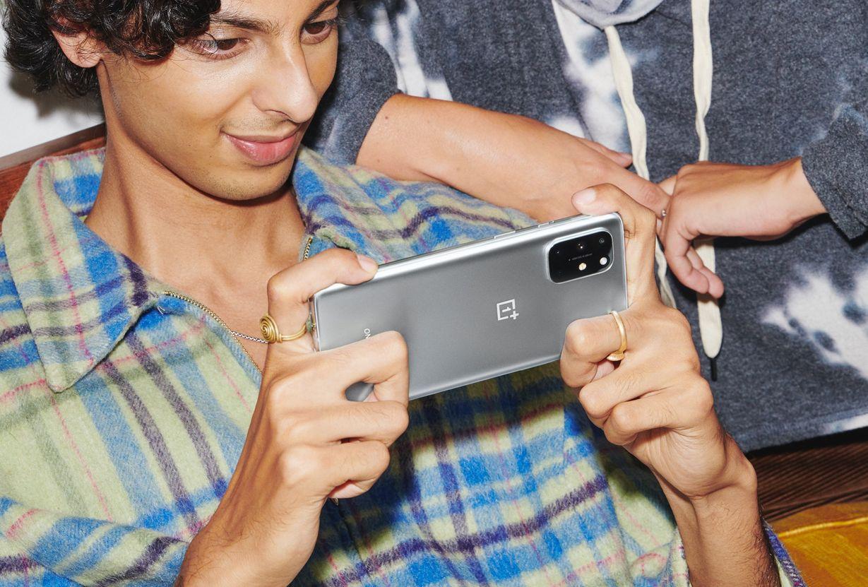 Nuovo OnePlus 8T | Caratteristiche, prezzi e video ufficiali