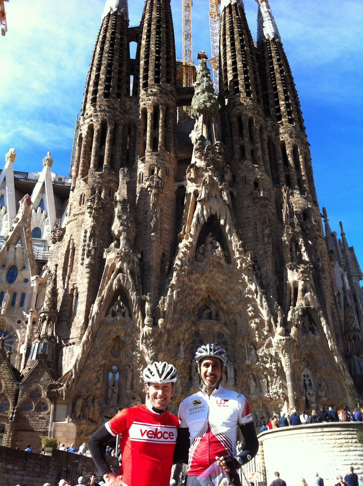 visit sagrada familia cycling tours in barcelona