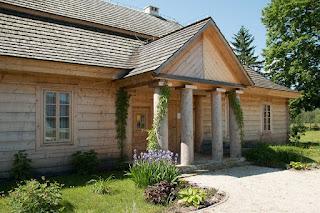 rumah-kayu-gaya-vintage.jpg