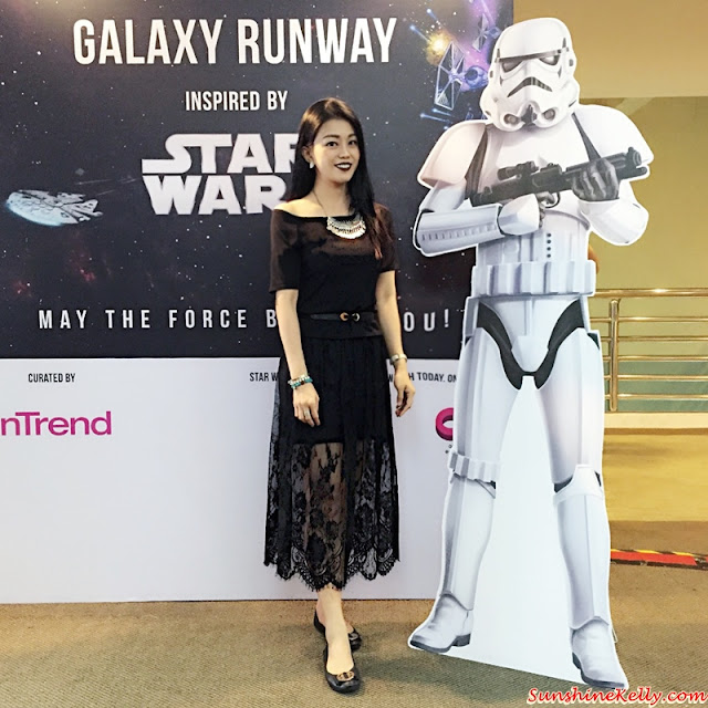 Galaxy Runway, Inspired by Star Wars, Malaysia Fashion Week 2015, Lynda Rahim, Bremen Wong, Azura Mazaruddin, Nawre, MATRADE youth engagement, Datuk Professor Jimmy Choo, #MYFW2015, #GalaxyRunway #StarWarsMY #darksidestyle #lightsidestyle