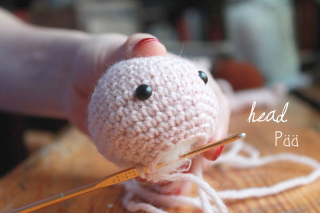 Amigurumi squirrel girl instructions for the head