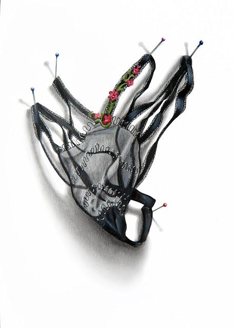String noir avec des broderies florales colorées