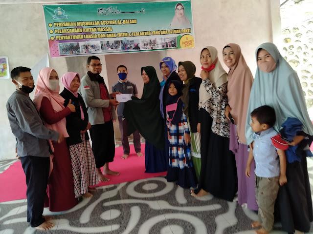 Sekolah Guru Indonesia (SGI) Sumbawa Barat Serahkan Bantuan Dana ke Panti Asuhan Al-Balaad