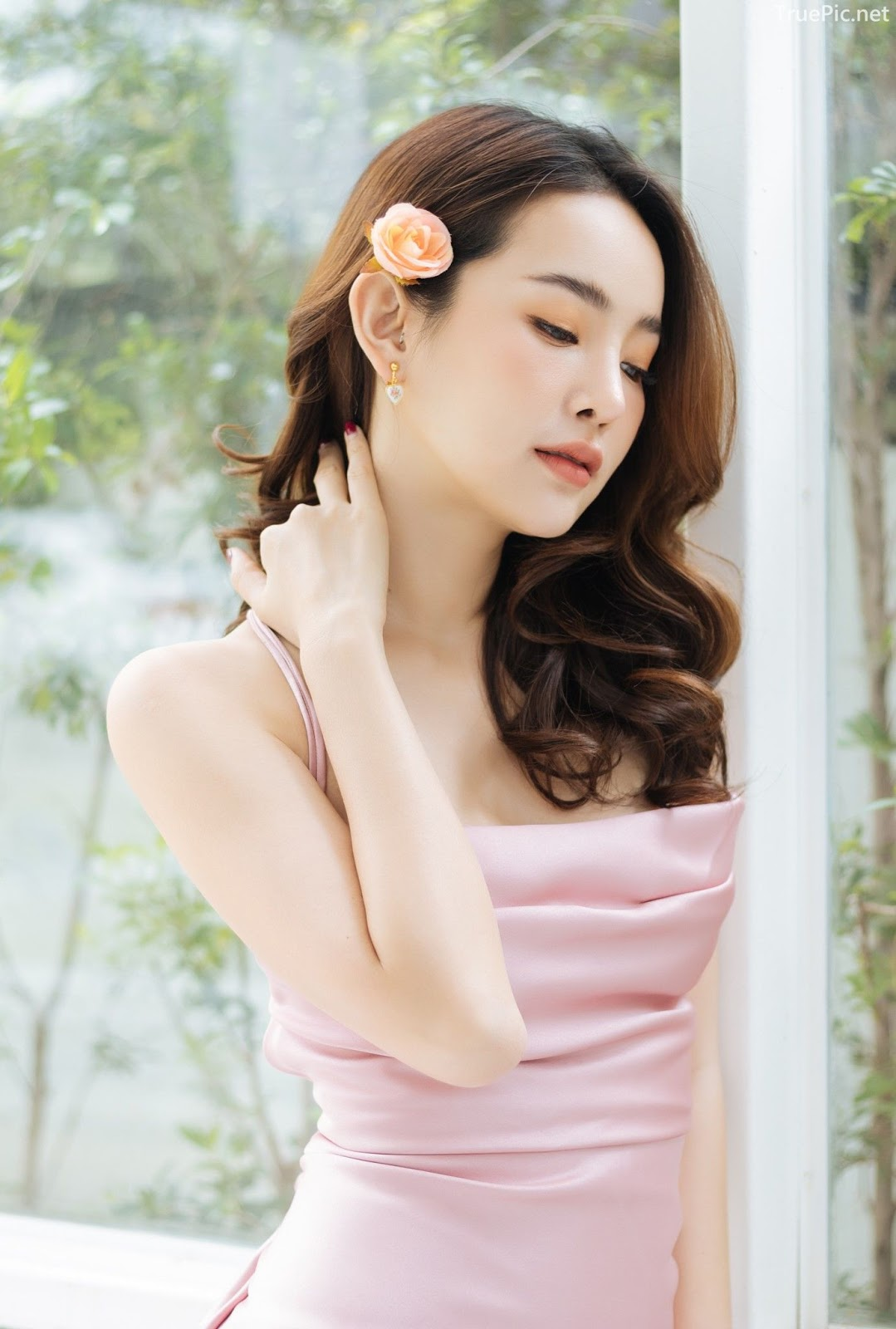 Beauty Thailand Pantipa Arunwattanachai attract glances from the photo album Stay Gorgeous - Picture 2