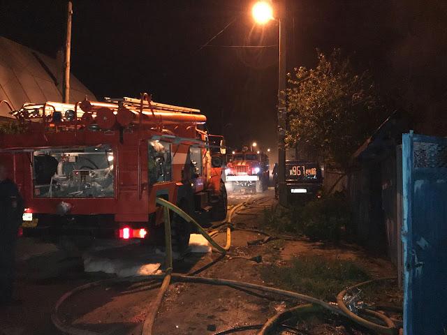 Под Уфой пожарные тушили ночной пожар пять часов Видео