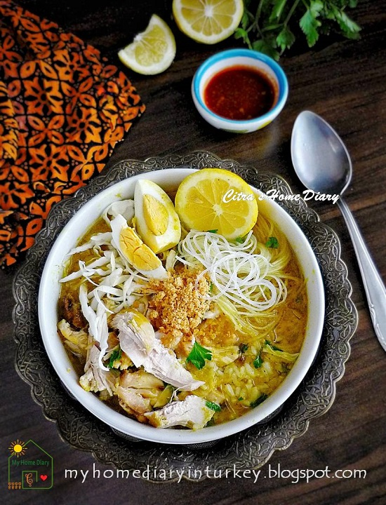 SOTO AYAM SURABAYA / INDONESIAN CHICKEN YELLOW SOUP. Surabaya Style | Çitra's Home Diary
