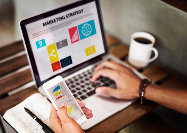 Internet marketing คืออะไร ช่วยให้ธุรกิจของคุณดีขึ้นได้อย่างไร