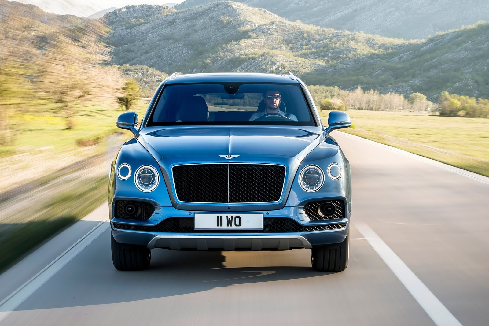 New Bentley Bentayga Diesel Is Britain\'s Posh Audi SQ7 And It Costs ...