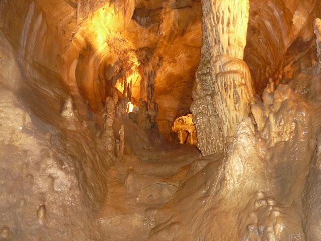 Soyons, le trou du renard - grotte