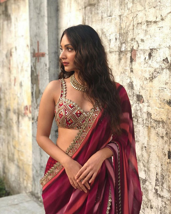 Actors Gossips: Kiara Advani Dolls Up In Stunning Ethnic Wear?