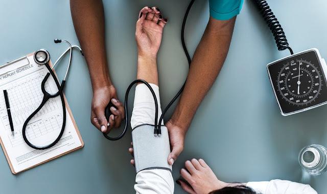 Lakukan cek up kesehatan pada dokter