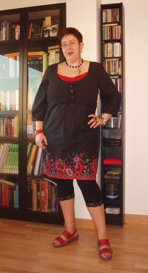 Señora Allnut Black Floral Dress