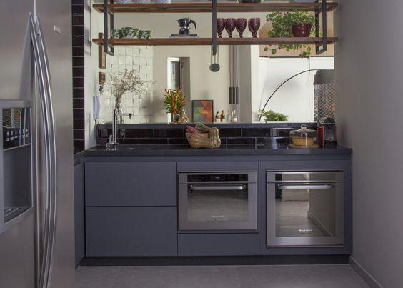 cozinha-moderna-preto-e-aço