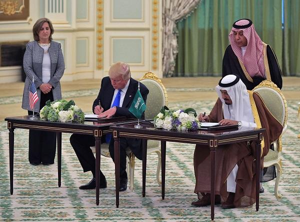 الولايات المتحدة الأمريكية توافق على تصدير أسلحة للمملكة العربية السعودية
