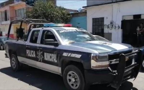 """Graban a comandante de la policía alcoholizado y tirando balazos en calles de Edomex """"Y son los que nos cuidan"""""""