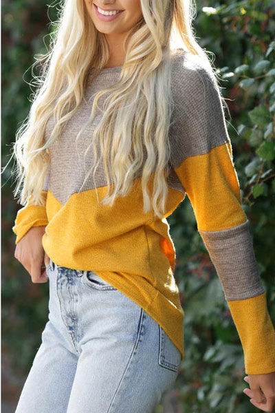 Fall in love this winter season with these cozy sweater outfits. Winter Fashion via higiggle.com #sweater #winteroutfits #fashion #knit