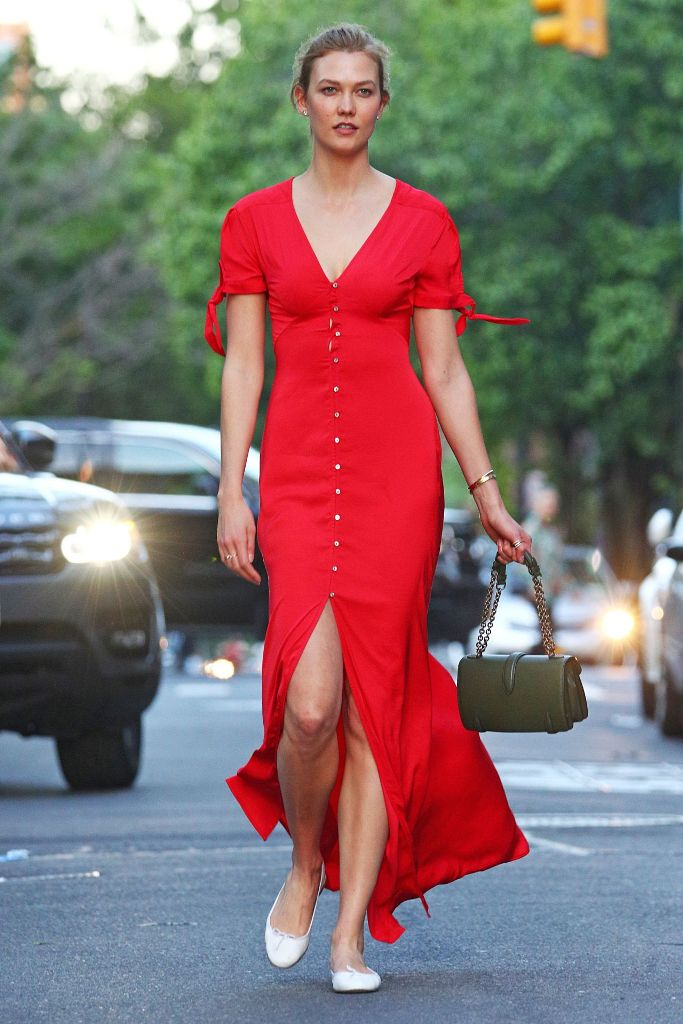 Karlie Kloss Street Style Fashion in New York City