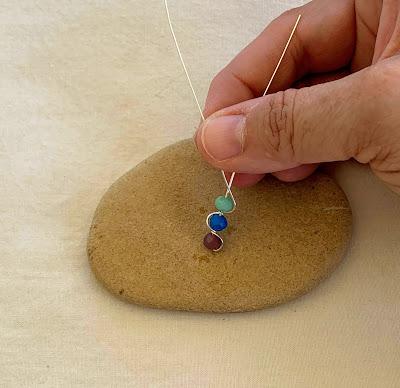 Rainbow Chakra Crystal Wire Pendant Free Tutorial