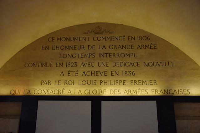 Paryż w pigułce #7 - L'Arc de triomphe - zdjęcie 6 - Francuski przy kawie
