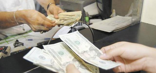 Dólar bancario aceleró 7,43% y abre este jueves en Bs.15.684,78